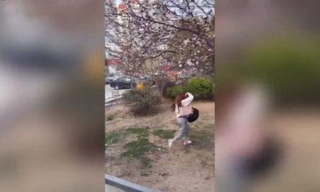 Joven, niña, escapa, China, cuarentena, autocar, video, viral