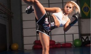 Paige Zavant, peleadora, MMA, posa, desnuda, pareja, viral, Instagram