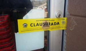 Suspensión, mercados, Ensenada, Ayuntamiento