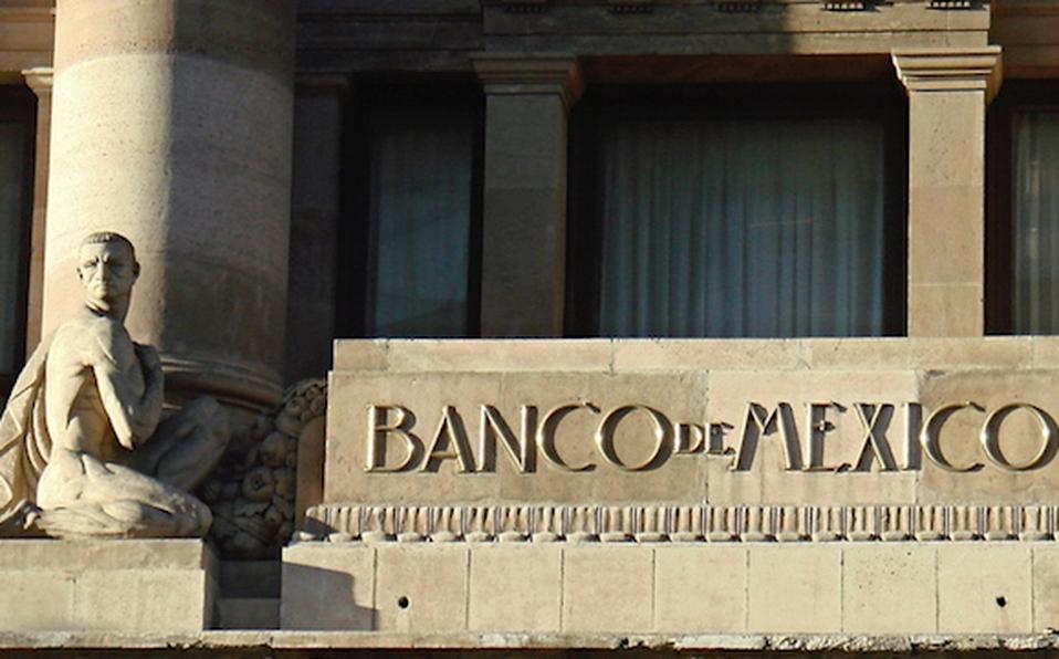 Banxico, plazas, desempleo, crisis económica, pobreza, covid-19