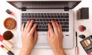 mona, maquillaje, cursos, online