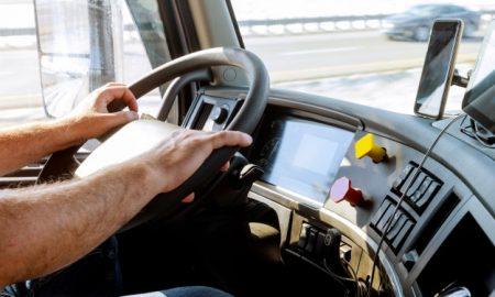 volcadura, camión, pasajeros, personal, policía