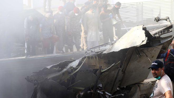 Pakistán, PIA, avión, accidente, víctimas, fallecidos, Karachi, muertos
