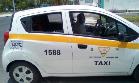 Taxista, cabina, Covid-19, protección, transporte público, salud, pandemia