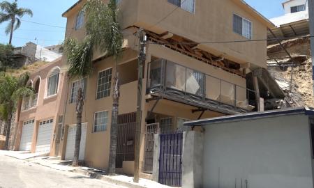 Laderas de Monterrey, Deslizamiento, derrumbe,