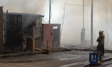 incendio, colonia Independencia, Bomberos de Tijuana,