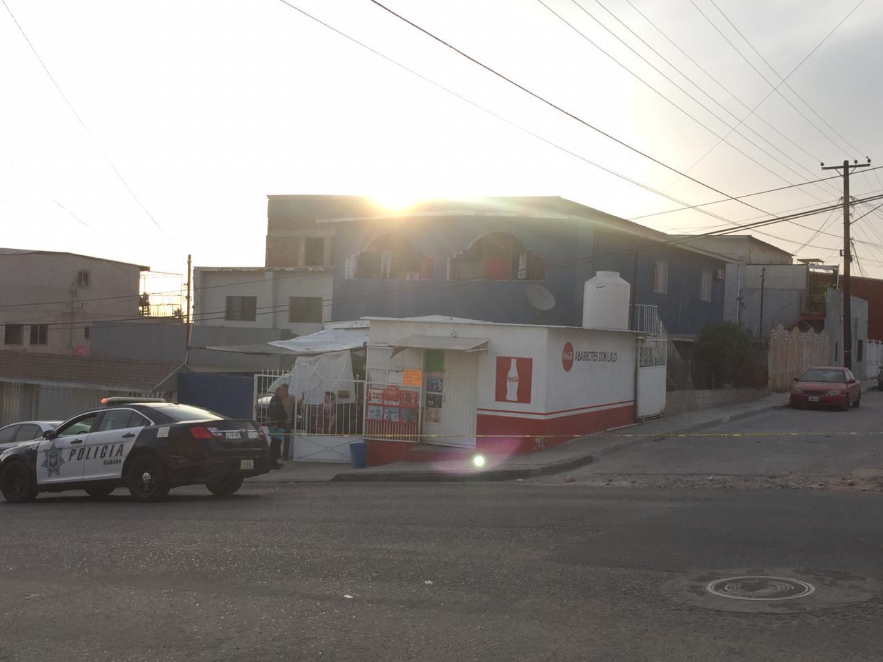 asalto, armado, tienda, Guaycura