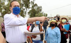 alcalde, Arturo González, labores, granja familiares la esperanza