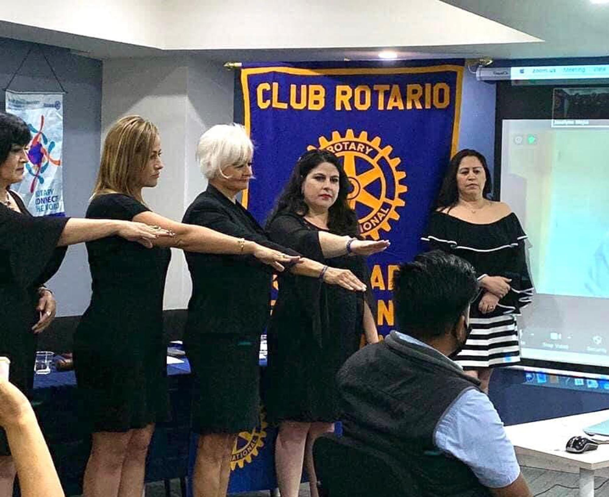 club rotario, presidenta, mesa directiva