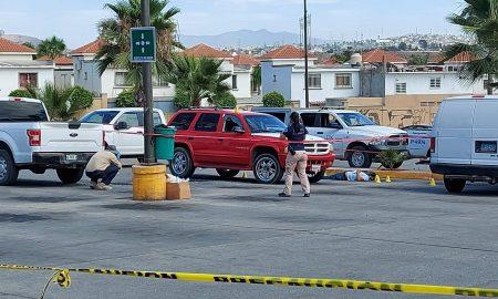 estacionamiento, plaza comercial, lesionado