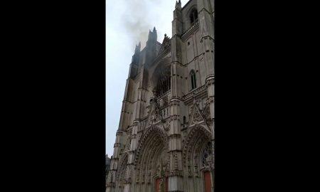 Incendio, catedral, Nantes, Paris, Francia, bomberos