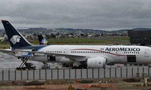 Aeroméxico, Ciudad del Cármen, descarga eléctrica, empleado, avión