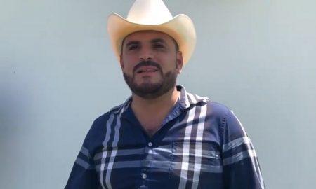 Alfredo Rios, El Komander, cantante, corridos, Andrés Manuel López Obrador, AMLO, foto, Sinaloa,