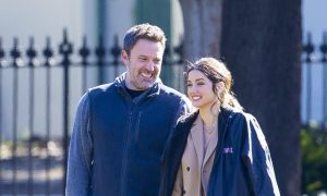 Ben Affleck, Ana de Armas, pareja, actores, James Bond, premier, vetado