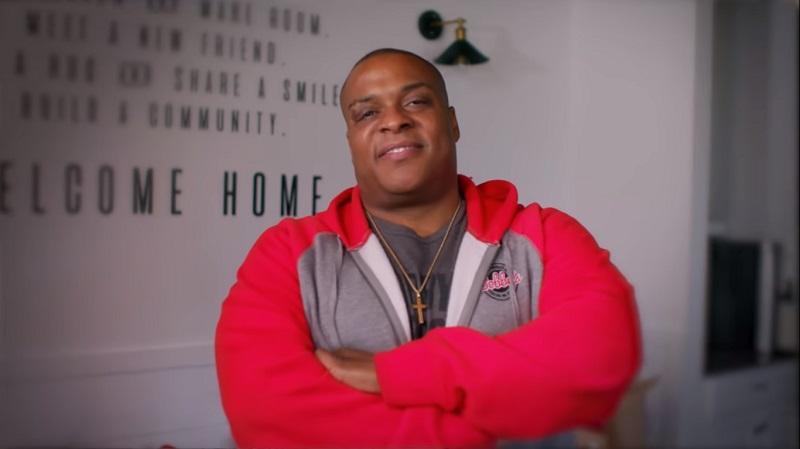 Octavius Nelson, hombre, aprende, cocinar, videos, Youtube, abre, restaurante, Bobby's BBQ