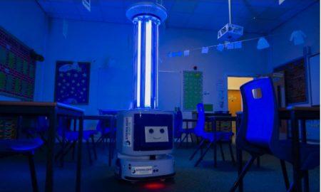 Robot, desinfectar, aulas, escuela, rayos UV, covid-19, coronavirus
