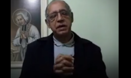 sacerdote, iglesia, vacuna, religión, polémica, Brasil, video viral