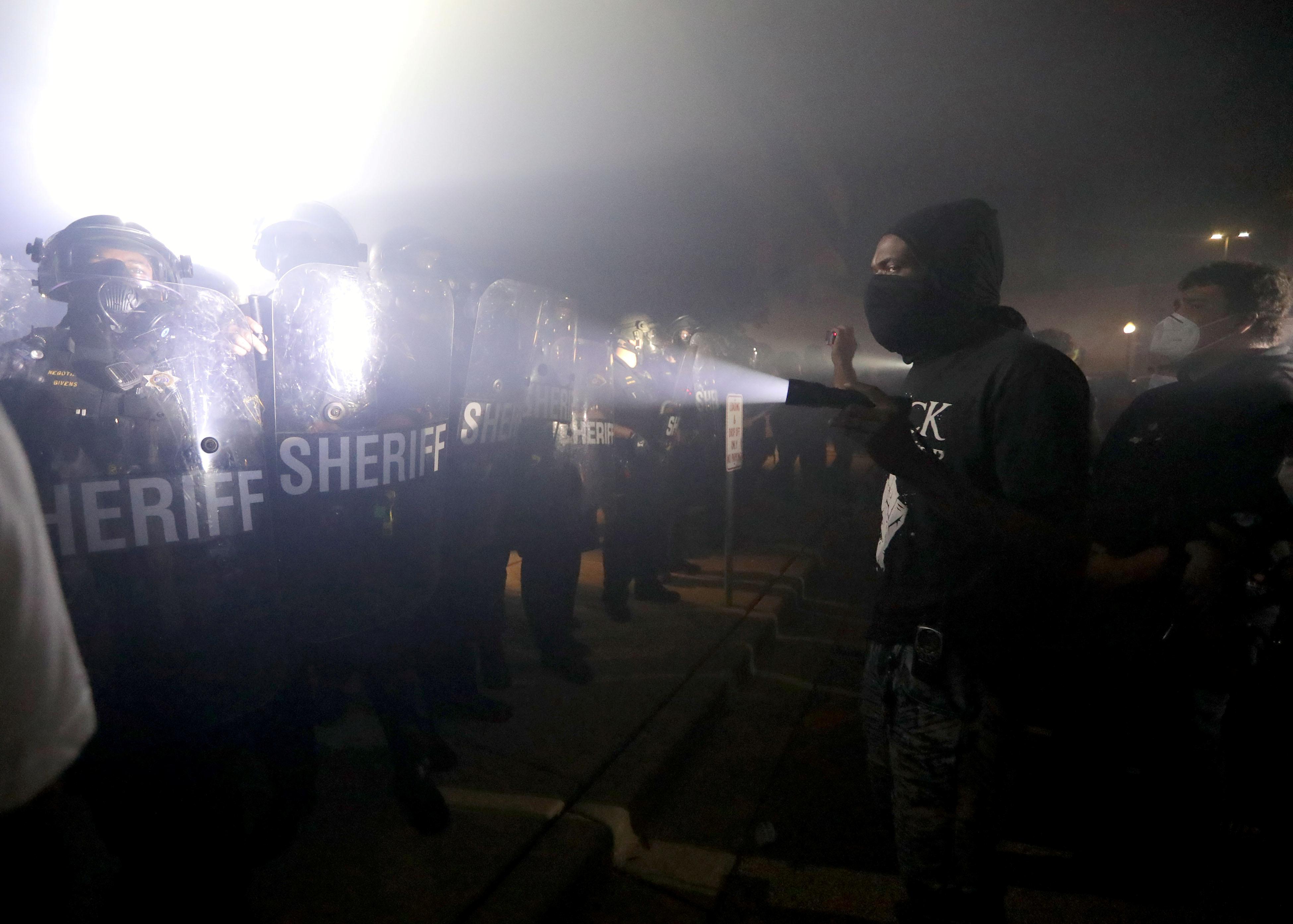 Wisconsin, protestas, abuso policíaco, disparos, violencia