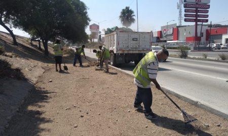 trabajos de limpieza, canalización Rio Tijuana, ayuntamiento de Tijuana,