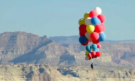 David Blaine, globos, helio, EEUU, ilusionista, acróbata