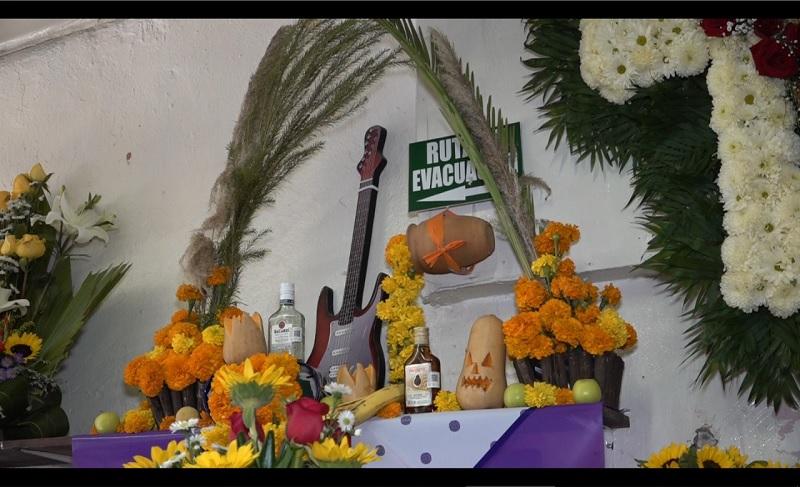Altar, muertos, Día de Muertos, flores, flor de cempasúchil
