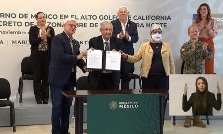 Andrés Manuel López Obrador, Jaime Bonilla, Marina del Pilar Ávila, firma, decreto, Mexicali, Baja California