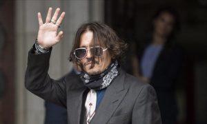 Johnny Depp, demanda, medio, periódico, The Sun, Hamber Heard, pegar, agresión, golpeador