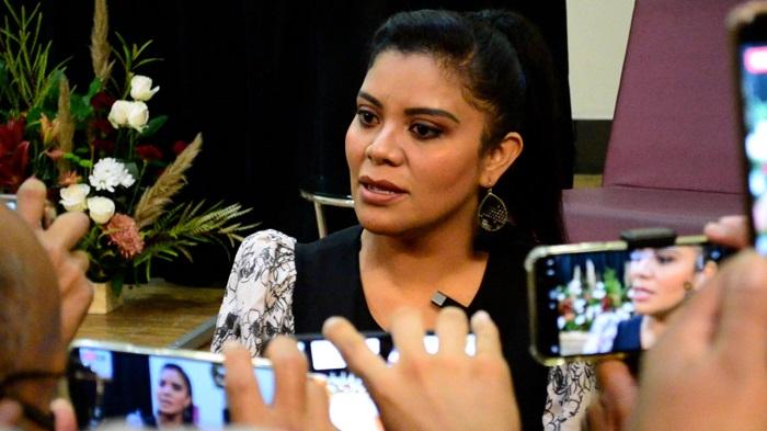 Monserrat Caballero, diputada, entrevista, banqueteo, Baja California