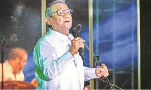 Armando Manzanero, cantante, cantautor, covid-19, coronavirus,